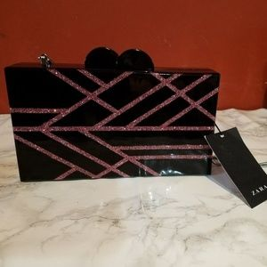 NWT ZARA BLACK AND FUCHSIA MINAUDIÈRE CLUTCH